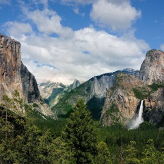 Peaceful Yosemite Valley with Clouds (YOS-023)