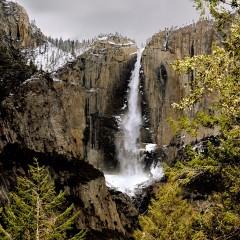 Yosemite Falls From Four Mile Trail (YOS-010)
